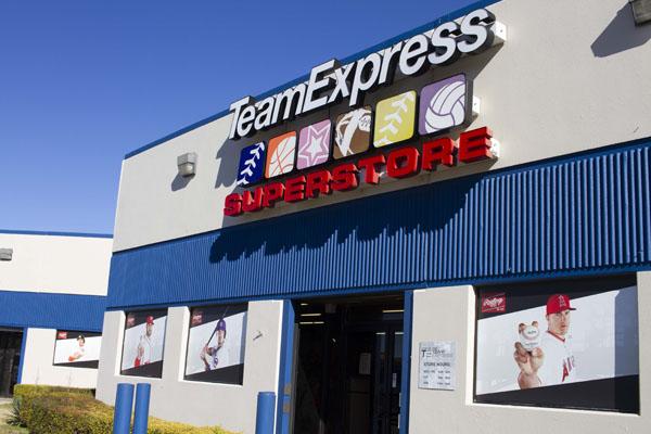 San Antonio Team Express Store, Exterior